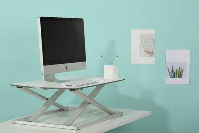 säädettävät työpöydät